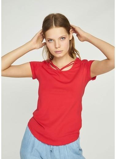 Tiffany&Tomato Önü İp Detaylı U Yaka Düşük Kol T-Shirt Kırmızı